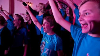 Kliplev Mærken koncert med Roots og Teens